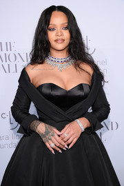 Rihanna's Chopard jewels included gorgeous stackable diamond rings.