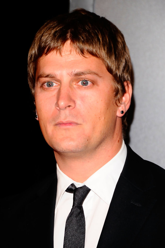 Rob Thomas Hairstyle Pictures 40