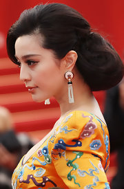 Fan Bingbing amped up her look with a elegant bun.