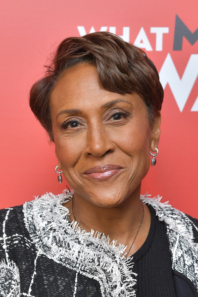 Robin Roberts Short Side Part [what men want,film,hair,face,hairstyle,eyebrow,forehead,chin,lip,black hair,smile,brown hair,robin roberts,screening,new york,crosby street hotel,paramount pictures,new york special screening]