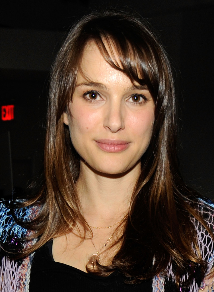 More Pics Of Natalie Portman Long Straight Cut With Bangs