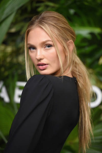 Romee Strijd Ponytail