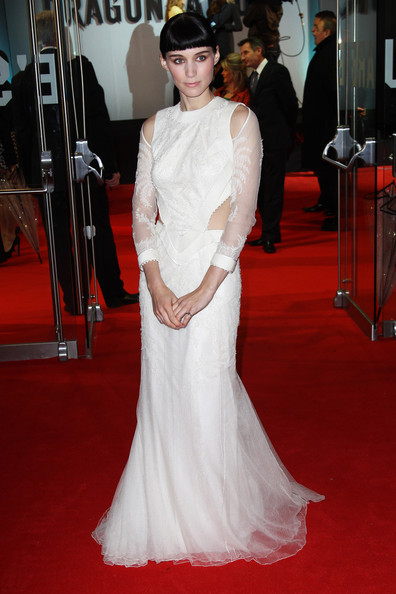 Rooney Mara Cutout Dress [the girl with the dragon tattoo - world premiere - inside arrivals,gown,dress,flooring,wedding dress,carpet,bridal clothing,beauty,lady,red carpet,fashion,rooney mara,uk,london,the odeon leicester square,tabloid newspapers,world premiere]
