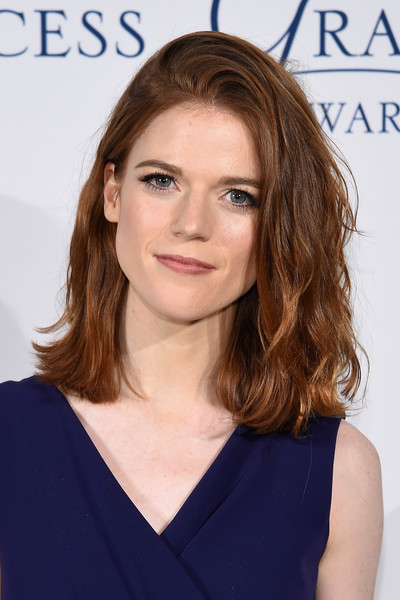 Rose Leslie Medium Wavy Cut