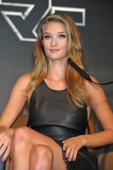Rosie Huntington-Whiteley Pink Nail Polish