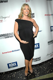 Jane shows off her ever-growing baby bump in a glamorous LBD at the Spring Gala in Alec Baldwin's honor.