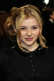 Chloe Moretz wore her hair in an adorable bobby-pinned updo at a screening of 'Hugo.'