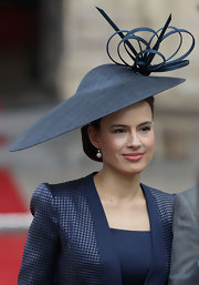 Sophie Winkleman donned a gorgeous decorative hat at the Royal Wedding.