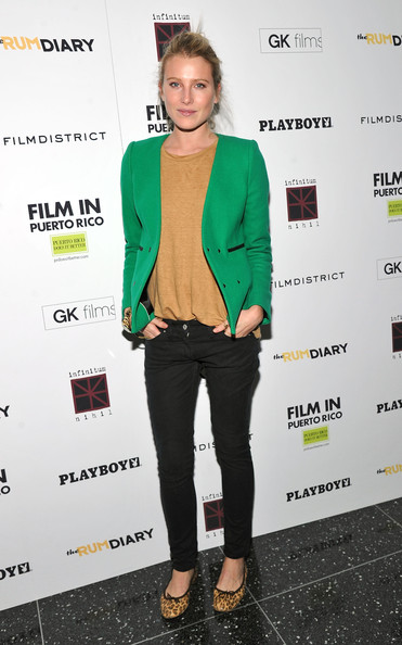 Dree Hemingway was on trend at 'The Rum Diary' premiere in a bright green jacket paired with leopard print flats.
