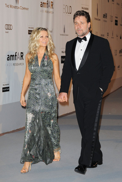 Russell Crowe Tuxedo [suit,clothing,formal wear,fashion,dress,tuxedo,event,haute couture,premiere,fashion design,arrivals,cinema against aids 2010,russell crowe,danielle spencer,r,antibes,france,amfar,cinema against aids gala,benefit gala]