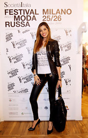 Aida Yespica posed for photos in a leather biker jacket.