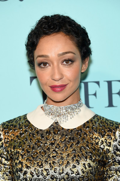 Ruth Negga Diamond Chandelier Necklace