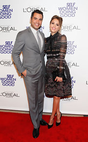 Cash Warren looked so confident and stylish at the Women Doing Good Awards in his sleek gray suit.