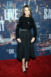 Savannah Guthrie teamed her sexy top with a flared, knee-length skirt.