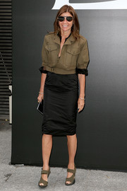 Carine Roitfeld made a basic tan utility jacket look so stylish during the Saint Laurent fashion show.