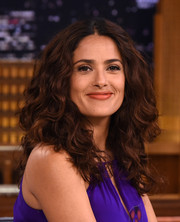 Salma Hayek appeared on 'Jimmy Fallon' wearing her hair in a gorgeous mop of curls.