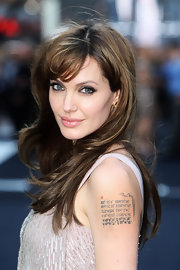 Angelina's full lips were painted in a soft pink for the UK premiere of 'Salt.'
