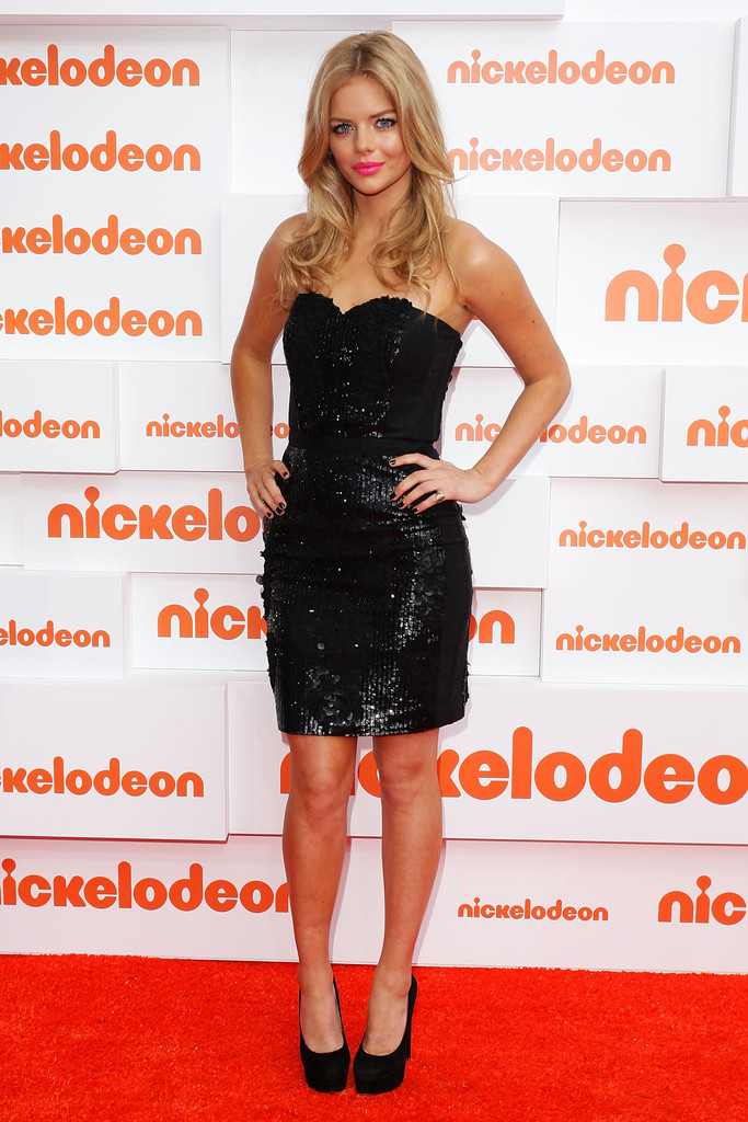 Samara Weaving Little Black Dress Samara Weaving Looks