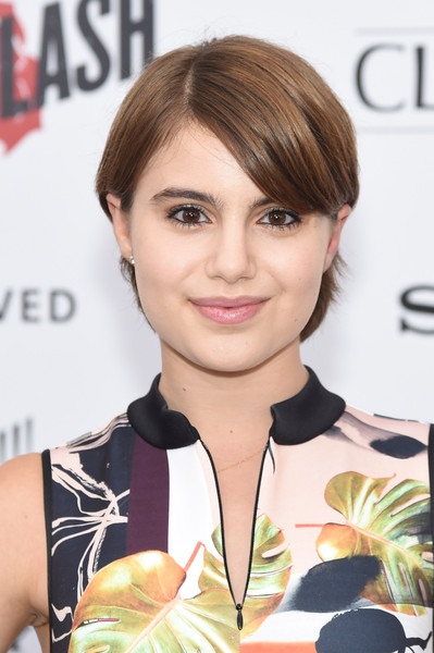 Sami Gayle Side Parted Straight Cut [ricki and the flash,hair,hairstyle,face,chin,eyebrow,beauty,blond,brown hair,bangs,hair coloring,flash,sami gayle,premier,inside arrivals,new york,amc lincoln square theater]
