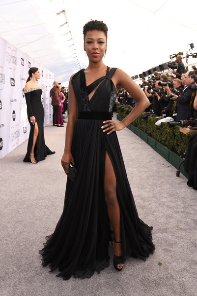 Samira Wiley Platform Sandals [red carpet,dress,clothing,fashion model,gown,fashion,shoulder,haute couture,carpet,flooring,neck,samira wiley,screen actors guild awards,screen actors\u00e2 guild awards,california,los angeles,the shrine auditorium]