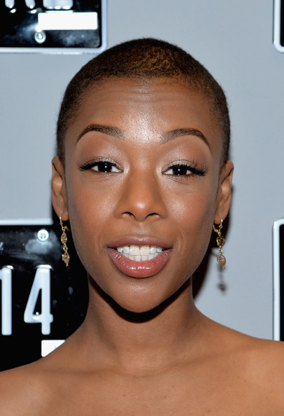 Samira Wiley Buzzcut [hair,face,eyebrow,lip,hairstyle,skin,forehead,cheek,head,beauty,mercedes-benz star lounge,samira wiley,coverage - people,lincoln center,new york city,mercedes-benz fashion week]
