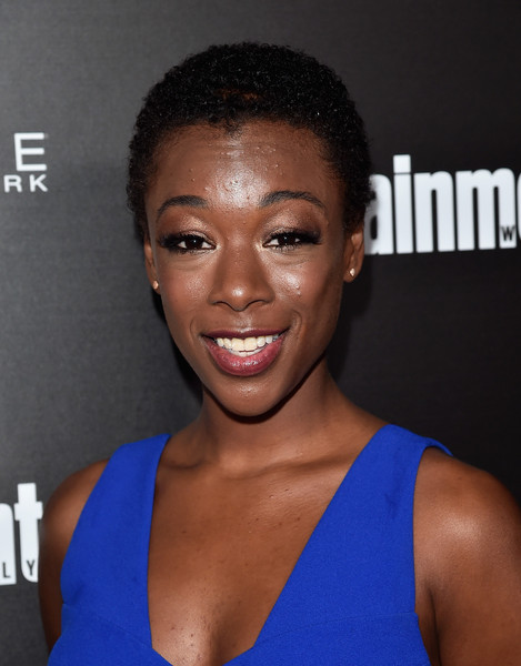 Samira Wiley Short Curls [hair,face,hairstyle,eyebrow,chin,forehead,shoulder,muscle,black hair,smile,samira wiley,nominees,arrivals,chateau marmont,los angeles,screen actors guild,maybelline,entertainment weekly,entertainment weekly celebration,celebration]