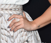 Demi Lovato made our eyes pop with this oversized gemstone ring at the Samsung launch party.