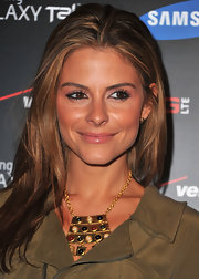 Maria Menounos wore a wash of shiny strawberry-colored lipstick at the Samsung and Verizon Launch of the Samsung Galaxy Tab 10.1.