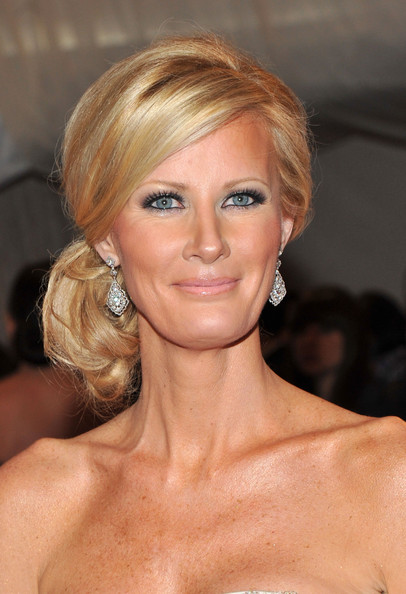 Sandra Lee Hair