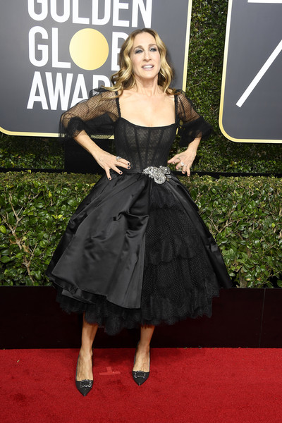 Sarah Jessica Parker Corset Dress [dress,clothing,red carpet,carpet,premiere,cocktail dress,fashion,little black dress,flooring,strapless dress,arrivals,sarah jessica parker,beverly hills,california,the beverly hilton hotel,golden globe awards,the 75th annual golden globe awards]