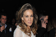 Sarah Jessica Parker Opts for Big Hair at Louis Vuitton Fashion Show