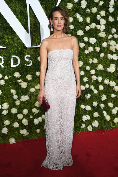 Sarah Paulson Evening Dress [gown,flooring,dress,carpet,beauty,lady,shoulder,fashion model,red carpet,cocktail dress,arrivals,sarah paulson,tony awards,radio city music hall,new york city]