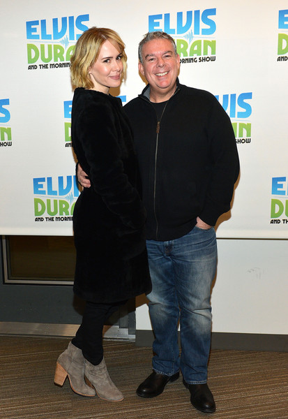 More Pics of Sarah Paulson Bob (2 of 25) - Short Hairstyles Lookbook - StyleBistro [the elvis duran z100 morning show,green,yellow,event,premiere,flooring,smile,sarah paulson,elvis duran,new york city,z100 studio,visit]