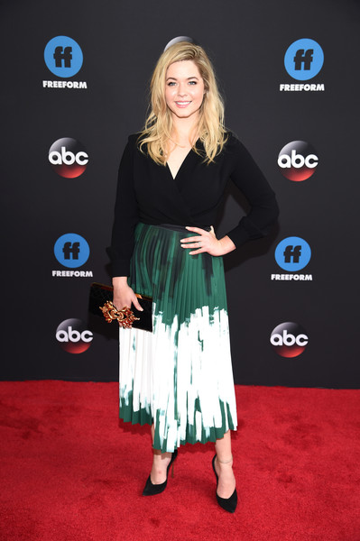 Sasha Pieterse Quilted Clutch [pretty little liars: the perfectionists,red carpet,clothing,carpet,premiere,dress,flooring,footwear,event,cocktail dress,style,sasha pieterse,freeform,upfront,new york city,disney,abc,tavern on the green]