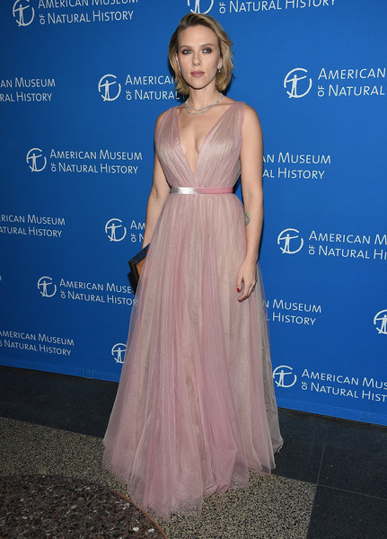 Scarlett Johansson Princess Gown [the american museum of natural history 2018 gala,dress,shoulder,clothing,gown,fashion,hairstyle,joint,premiere,a-line,event,scarlett johansson,new york city,american museum of natural history,gala]