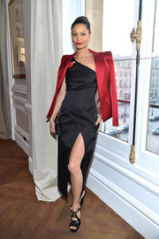 Thandie Newton pulled her look together with a pair of strappy black wedges.