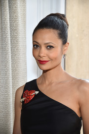 Thandie Newton oozed elegance wearing this classic bun at the Schiaparelli Couture fashion show.