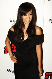 Ellen Wong showed off her long waves and soft bangs while walking the red carpet at a European premiere.