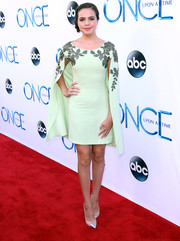 Bailee Madison looked very mature and sophisticated at the 'Once Upon a Time' season 4 screening in a mint-green cocktail dress with an embroidered yoke and cape.