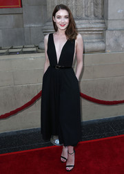 Sarah Bolger bared lots of skin but still looked very classy in this deep-V LBD during the 'Once Upon a Time' season 4 screening.
