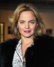Mena Suvari wore her hair in tousled layers at a screening of 'Goon.'