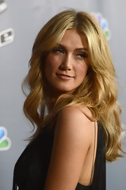 Delta Goodrem was boho-chic at the premiere screening of 'The Voice' Season 4 with this long wavy center-parted 'do.