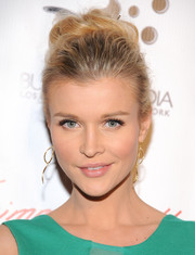 Joanna Krupa attended the 'Gimme Shelter' screening wearing her hair in a sophisticated high bun.