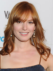 Alicia Witt wore her hair in soft waves with lash-grazing bangs at the premiere screening of 'House of Lies.'