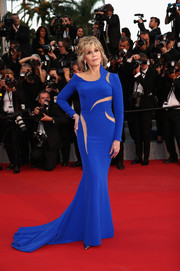Jane Fonda continued to put younger women to shame in this curve-hugging electric-blue cutout gown by Atelier Versace at the 'Sea of Trees' premiere in Cannes.