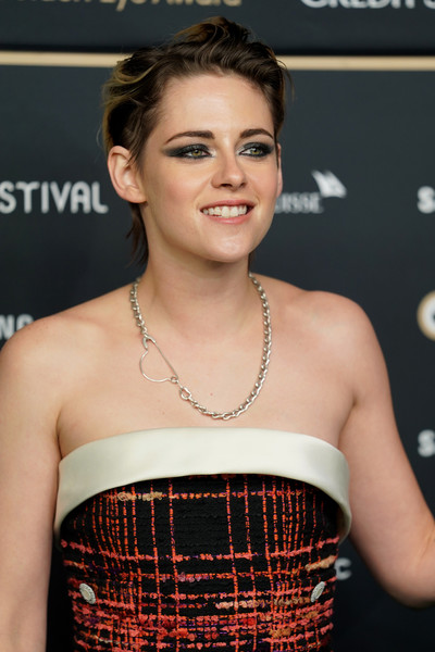 Kristen Stewart paired her strapless dress with a silver chain necklace for the Zurich Film Festival premiere of 'Seberg.'