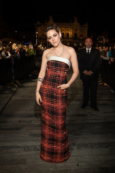 More Pics of Kristen Stewart Strapless Dress (3 of 95) - Kristen Stewart Lookbook - StyleBistro [seberg premiere,tartan,pattern,clothing,fashion,dress,design,textile,fashion model,haute couture,plaid,kristen stewart,zurich,switzerland,kino corso,chanel,zurich film festival,premiere]