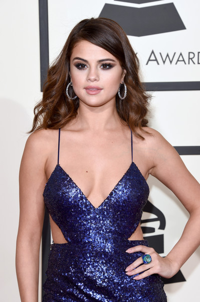 Selena Gomez Cocktail Ring [clothing,hair,fashion model,dress,hairstyle,cocktail dress,shoulder,beauty,cobalt blue,long hair,arrivals,selena gomez,grammy awards,staples center,los angeles,california,the 58th grammy awards]