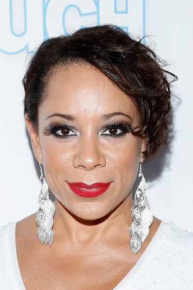 Selenis Leyva Messy Cut [hair,face,eyebrow,hairstyle,lip,chin,skin,beauty,cheek,forehead,arrivals,selenis leyva,new york city,finale nightclub,intouch weekly,icons idols party,icons idols party]