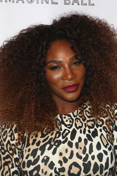 Serena Williams Afro [hair,hairstyle,jheri curl,eyebrow,black hair,long hair,human,s-curl,wig,lip,serena williams,val vogt,john terzian,serena williams benefiting imagine la,hair,hair,hairstyle,jheri curl,los angeles,imagine ball,serena williams,ball,tennis,williams sisters,tennis player,afro,los angeles,2018,just jared]